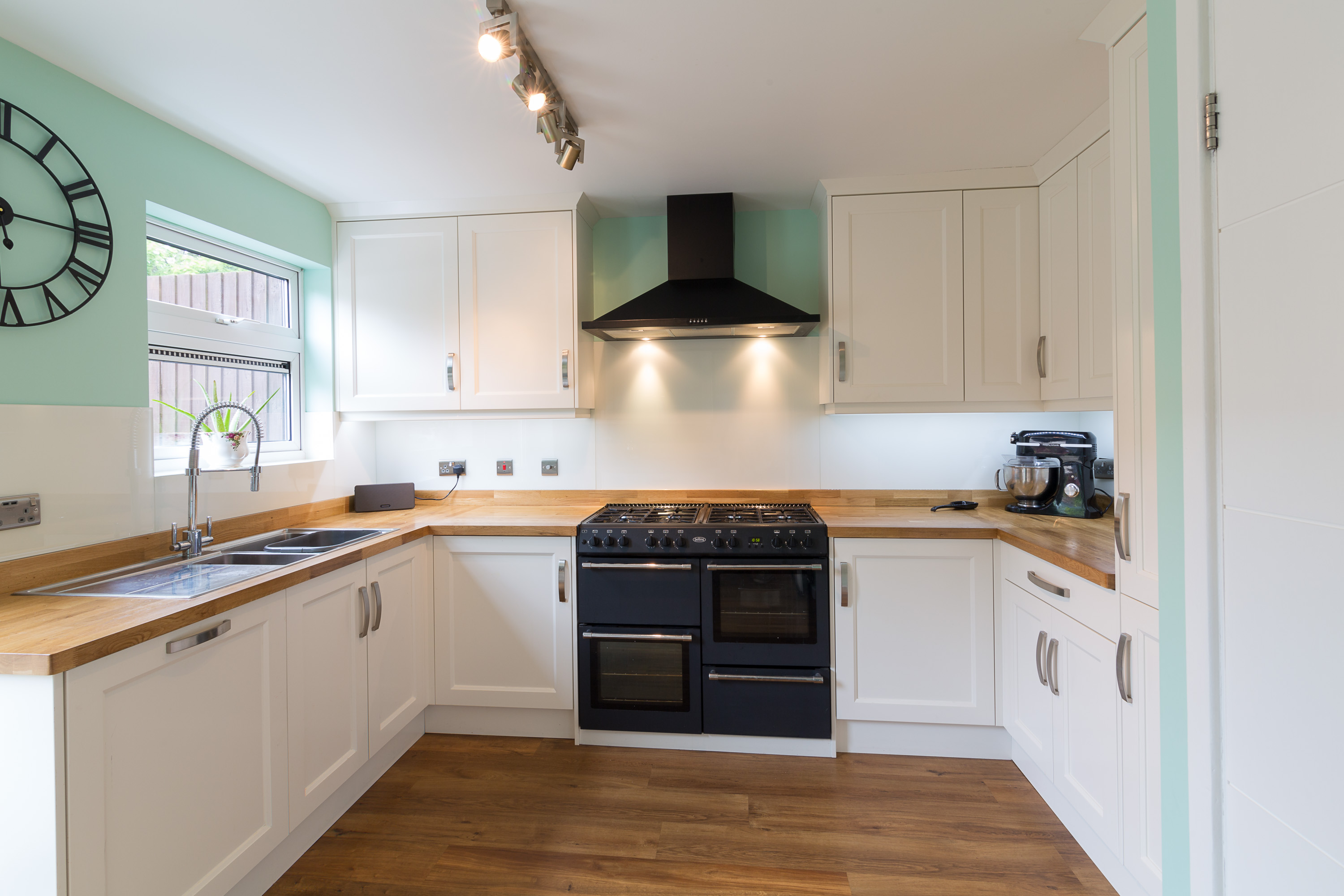 real wood kitchen by MPG Bespoke chesham